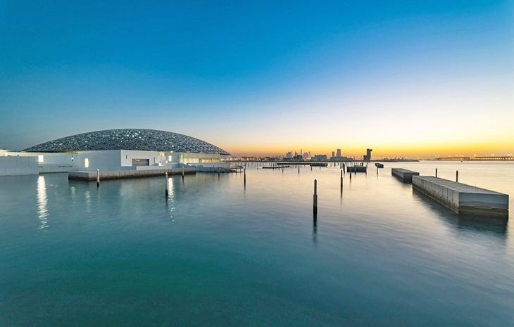 Top Tourist Attractions in Abu Dhabi You Can't-Miss