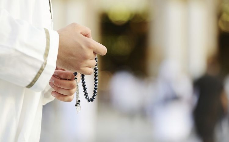 Get Amazingly Low Priced Umrah Packages with Advance Booking