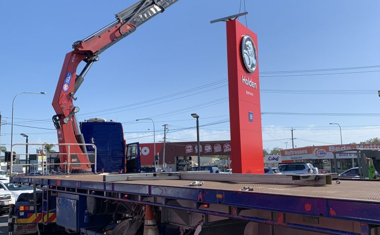 4 Points To Bear In Mind Before Hiring Crane Trucks