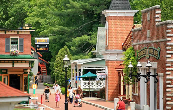 All about holidays in New Hampshire